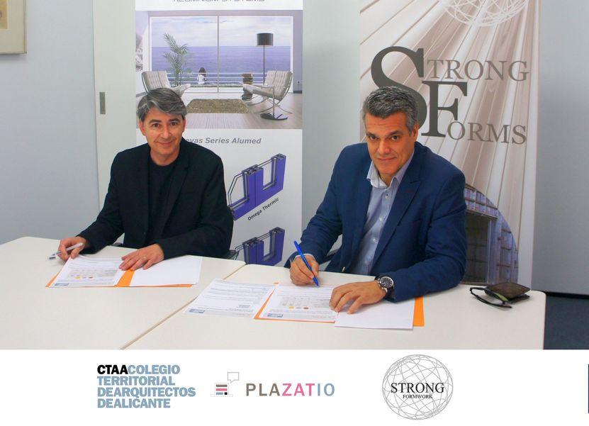Firma convenio colaboración Plazatio y Strong Forms, red social de arquitectos