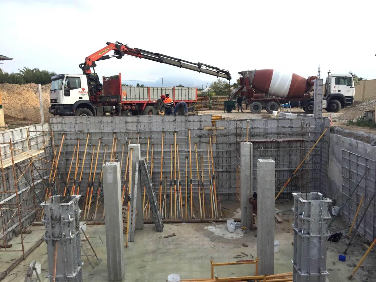 proyecto balsa para riego encofrados de aluminio construccion strong forms alicante 1