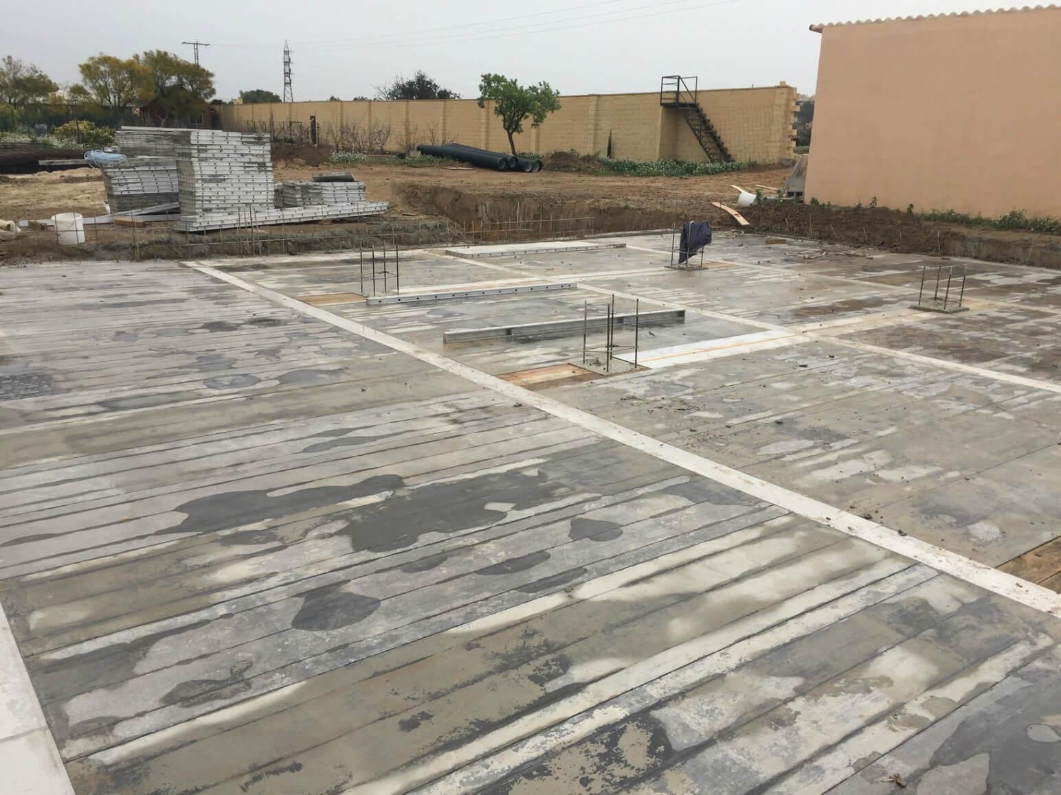 proyecto balsa para riego encofrados de aluminio construccion strong forms alicante 19