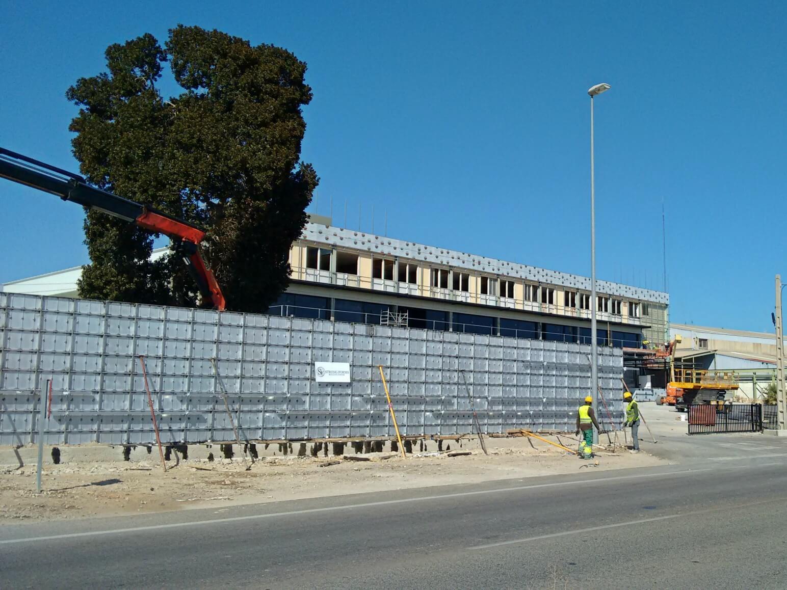 proyecto muro perimetral encofrados de aluminio construccion strong forms alicante 12