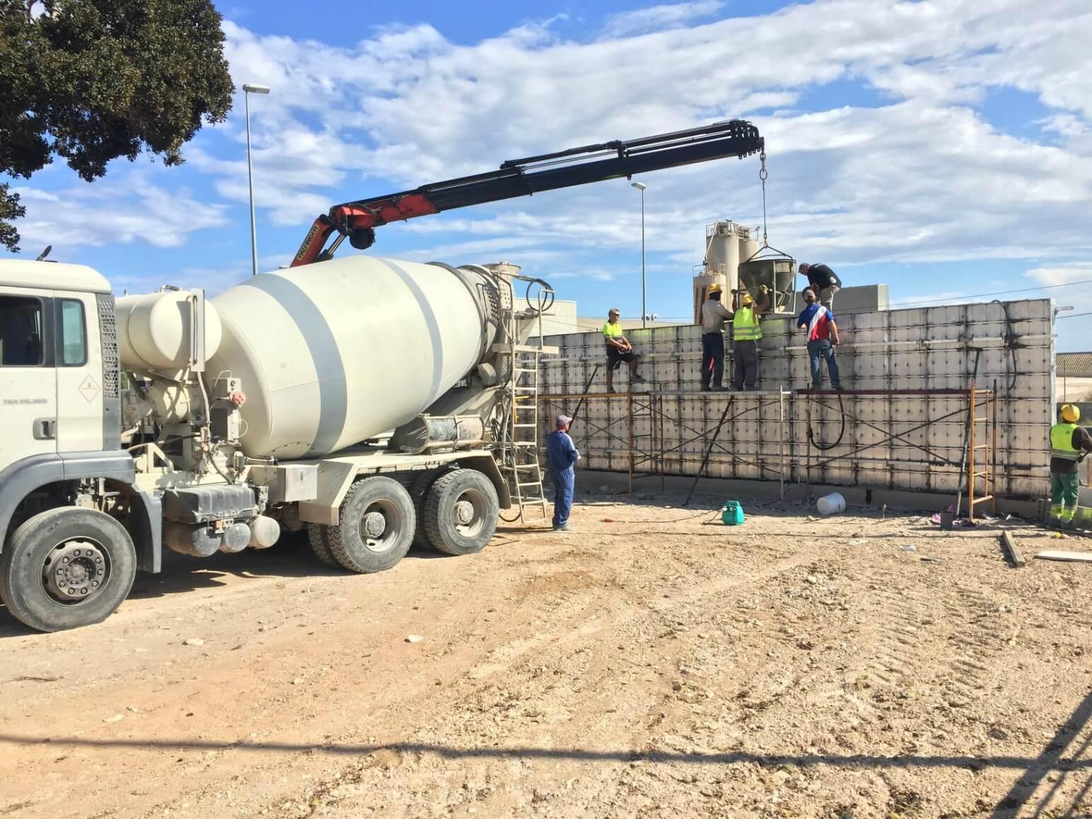 proyecto muro perimetral encofrados de aluminio construccion strong forms alicante 13