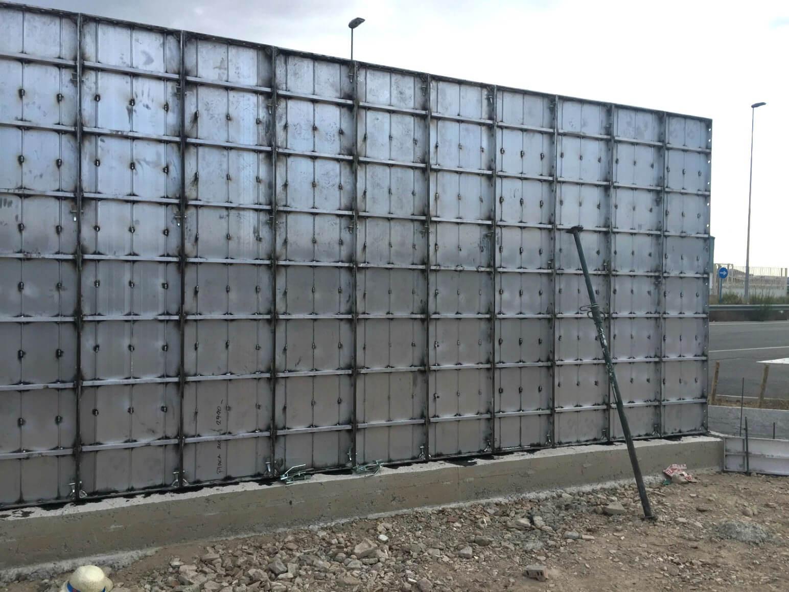 proyecto muro perimetral encofrados de aluminio construccion strong forms alicante 6